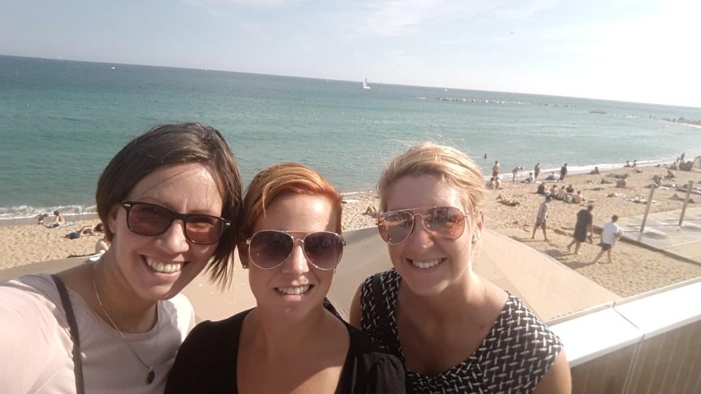 En vända förbi stranden blev det då vi sökte lite eftermiddagsfika. Enligt sydeuropeerna var det dock dags för lunch då och det var ju helt omöjligt att hitta bara fika.